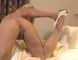 Sexy female muscle model Melissa Dettwiller continues to play with her big clit and get to continue watching. Powerful pecs, glorious glutes and that big juicy clit are on full display in this video.